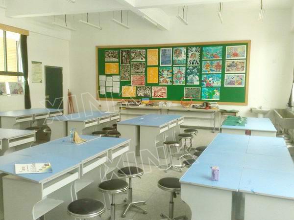 小学美术室墙面装饰设计